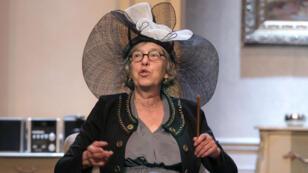 """La comédienne Anémone répète la pièce """"Grossesses nerveuses"""" de Jean-Yves Rogale, mise en scène par Philippe Hersen, le 18 avril 2011, au théâtre Daunou, à Paris."""