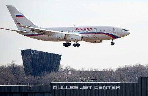 طائرة روسية تحل في مطار دالاس الأمريكي لنقل الدبلوماسيين الروس 31 كانون الأول 2016