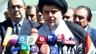 الزعيم الشيعي الشعبي مقتدى الصدر.