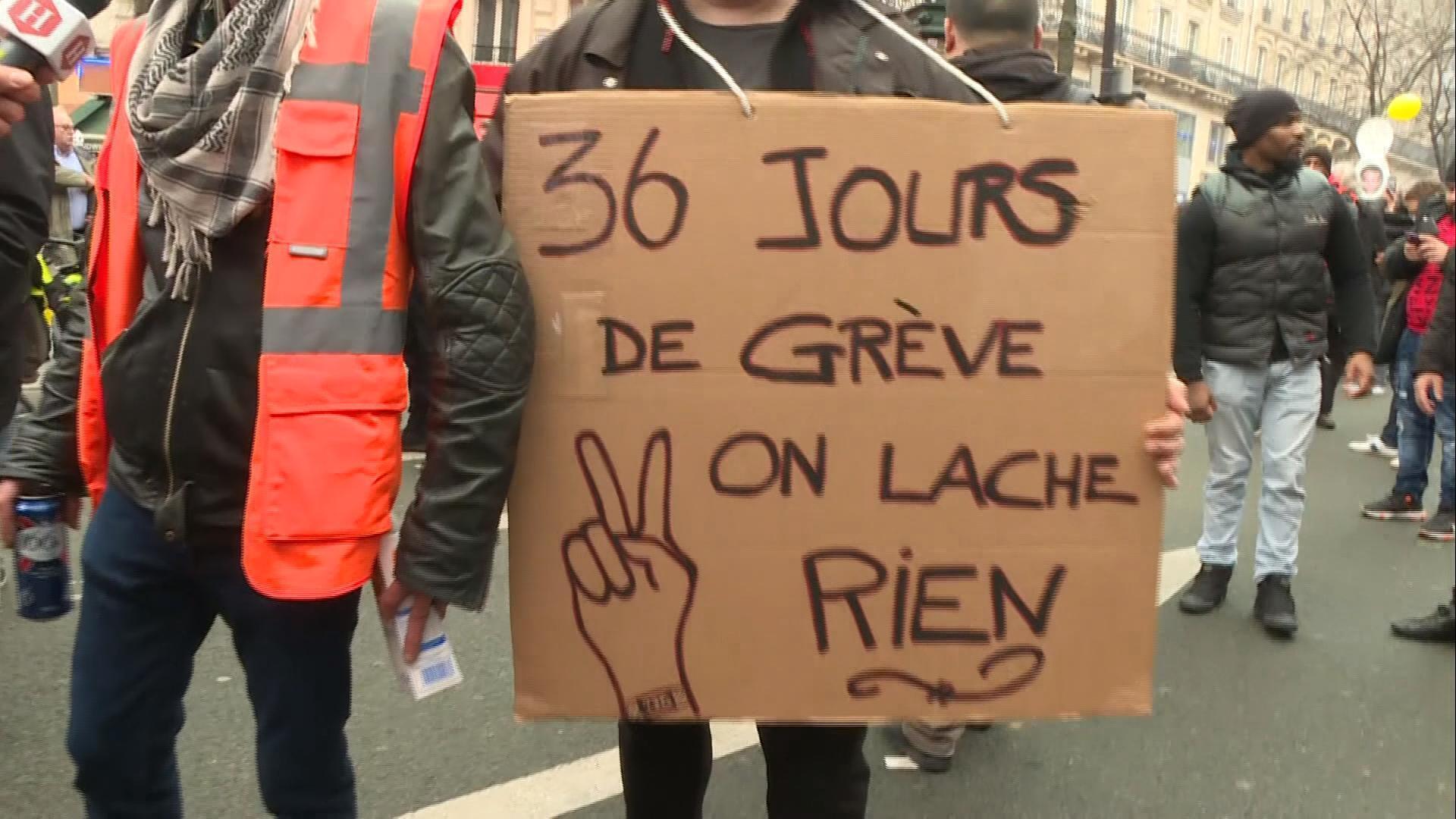 Manifestant, Paris