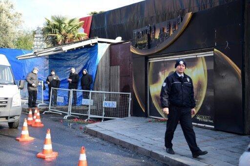 """الشرطة التركية تتطوق موقع النادي الليلي """"رينا"""" في إسطنبول حيث وقع الهجوم المسلح في 1 كانون الثاني/يناير 2017"""