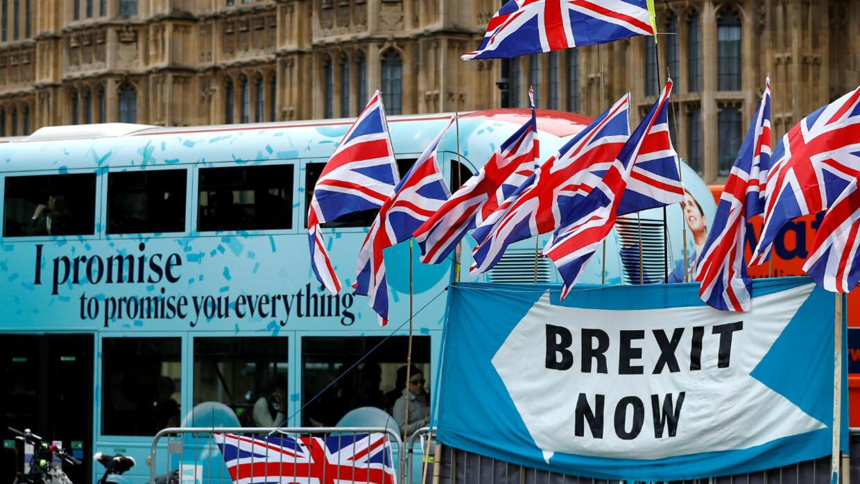 Londres et Bruxelles abordent une semaine décisive à l'approche du Brexit
