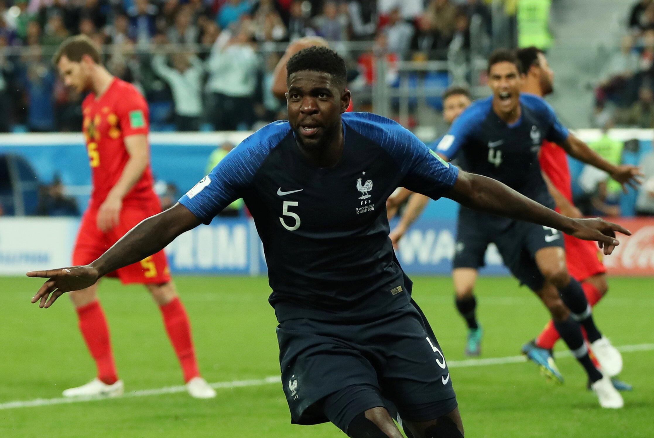 El central, Samuel Umtiti, cabeceó un centro desde el tiro de esquina al minuto 51 y puso al frente al equipo francés.