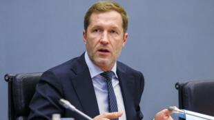 Le ministre-président de Wallonie lors d'une réunion sur le Ceta au Parlement de la région, le 18 octobre.