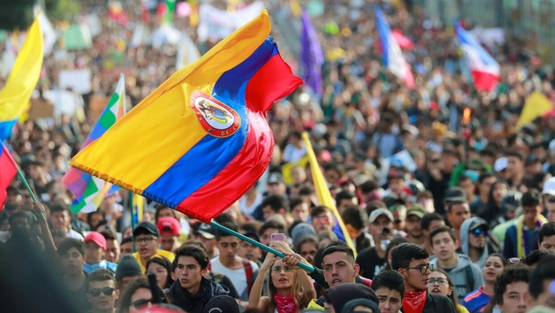 Resultado de imagen para marcha colombia