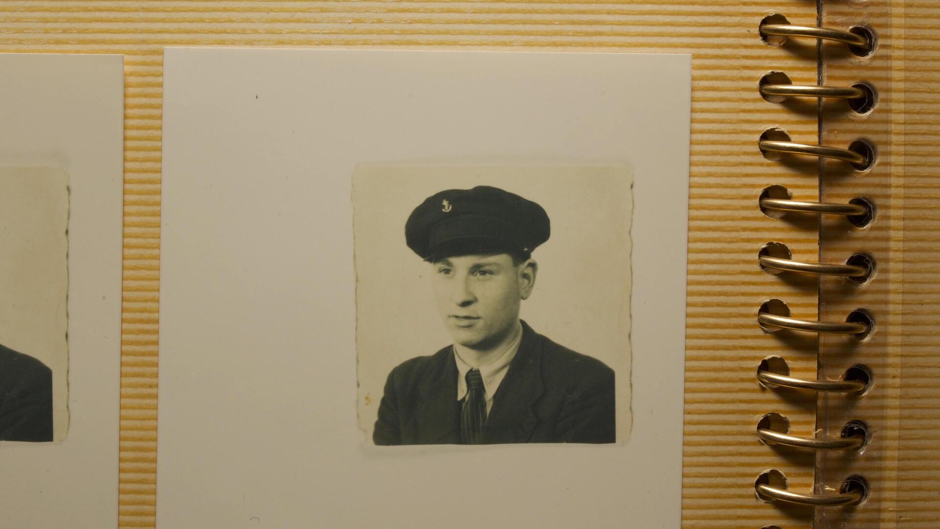 Jean-Pierre Catherine, né en 1926, était élève à l'école des aspirants de la Marine marchande de Caen.