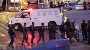 La policière a été tuée, vendredi 16 juin, près de la vieille ville de Jérusalem.