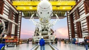 La capsule Crew Dragon le 29 janvier 2019 au centre spatial Kennedy