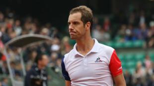 Dernier Français en lice, Richard Gasquet a été sorti en quatre sets par Andy Murray, mercredi 1er juin 2016.