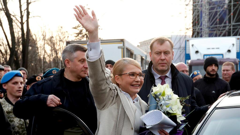 La ex primera ministra Yulia Timochenko al cierre de su último evento de campaña en el centro de Kiev, Ucrania, el 29 de marzo de 2019.