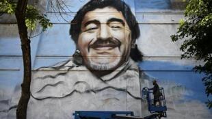 لوحة جدارية لمارادونا في بوينس آيرس