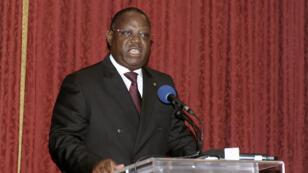 Le Premier ministre du Gabon, Emmanuel Issoze Ngondet, lors de l'annonce du nouveau gouvernement, le 2 octobre.
