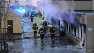 هجوم استهدف المسجد الأول وسط السويد
