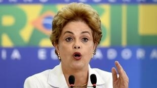 La présidente brésilienne, Dilma Rousseff, lors d'un discours à Brasilia, le 12 avril 2016.