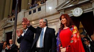 Le président argentin Alberto Fernandez et sa vice-présidente Cristina Fernandez de Kirchner devant le congrès, à Buenos Aires, le 1e mars 2020.
