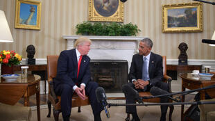 باراك أوباما ودونالد ترامب خلال لقاء في البيت الأبيض