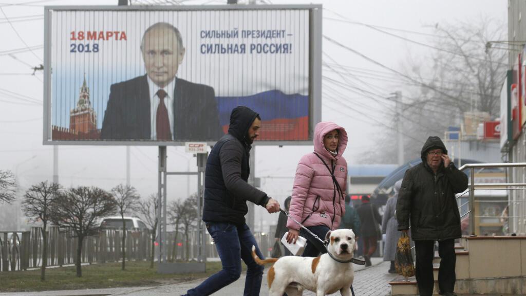 Con una campaña centrada en el nacionalismo y las potencialidades de Rusia en el expectro internacional, Putin cerró su campaña y se perfila como el claro ganador