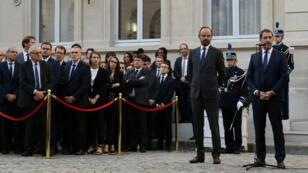 Le Premier ministre Édouard Philippe et le nouveau ministre de l'Interieur Christophe Castaner lors de la passation de pouvoirs le 16 octobre au ministère de l'Intérieur.