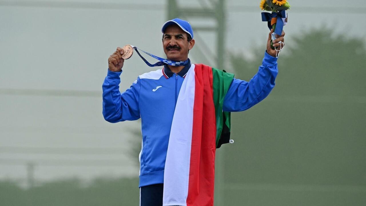 Tokyo 2021 : à 57 ans, la revanche d'Al-Rashidi avec son drapeau du Koweït