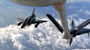 Six chasseurs Mirage français, de type 2000-D, vont être déployés en Jordanie.