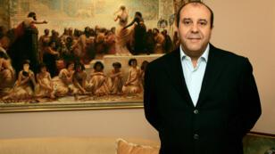 Belhassen Trabelsi dans les bureaux de sa société à Tunis en 2010.
