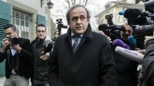 Platini et Blatter ont vu leur suspension réduite de huit à six ans, mercredi 24 février.