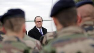 الرئيس الفرنسي فرانسوا هولاند يصل إلى العراق 02 كانون الثاني/ يناير 2017