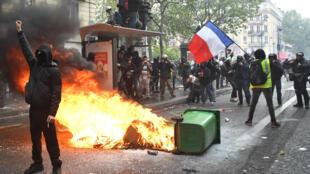 Paris-MayDay