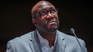 """Devant le Congrès, Philonise Floyd, frère de George Floyd, a imploré les élus de """"mettre un terme à la souffrance"""" des Afro-Américains et d'adopter des réformes significatives des forces de police, le 10 juin 2020."""