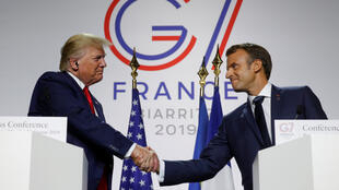 El presidente de Estados Unidos, Donald Trump, y el presidente francés, Emmanuel Macron, comparten rueda de prensa en la cumbre del G7 en Biarritz, Francia, este lunes 26 de agosto