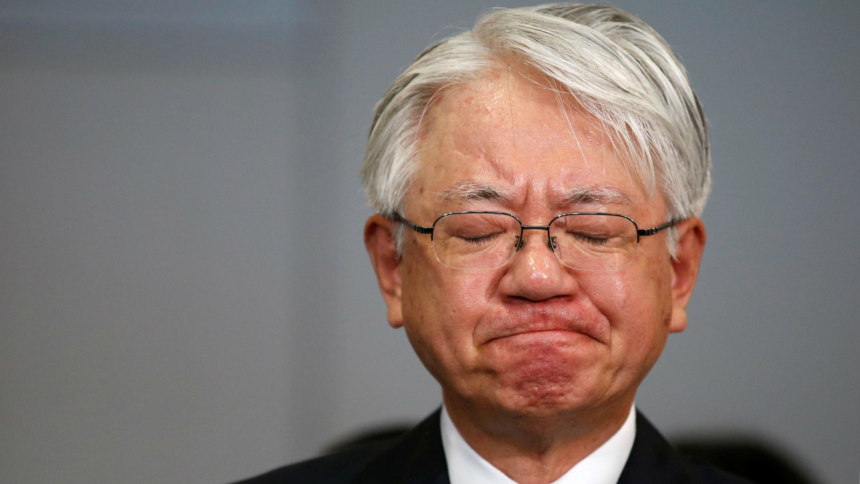 Hiroya Kawasak, director ejecutivo de Kobe Steel en rueda de prensa en Japón.