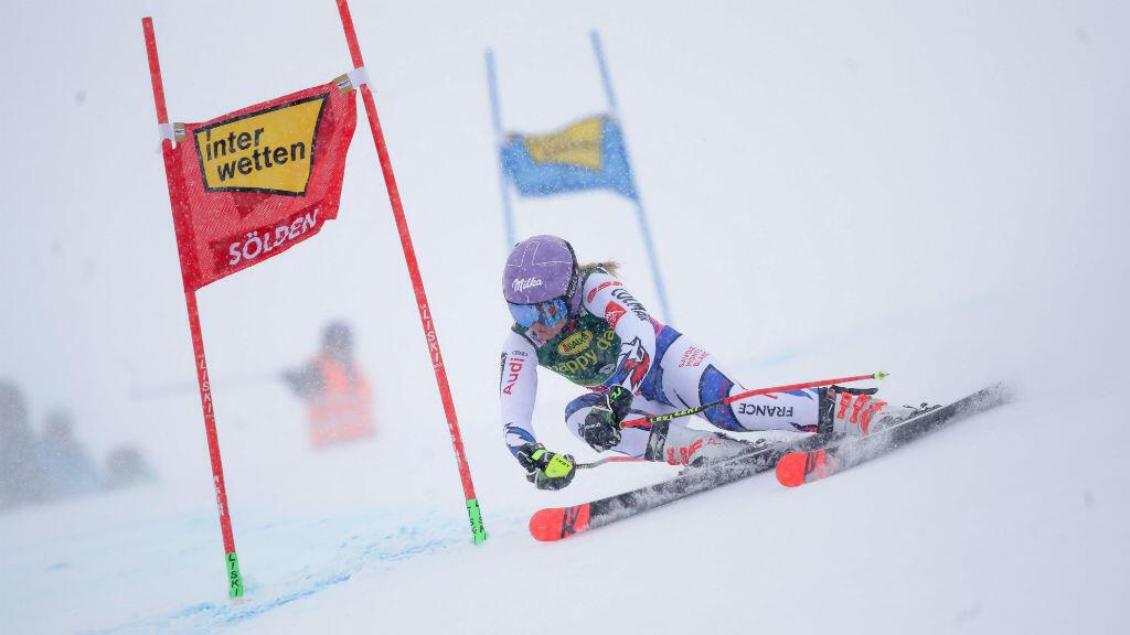 La skieuse française Tessa Worley a remporté le slalom géant à Sölden, en Autriche, le 27 octobre 2018.