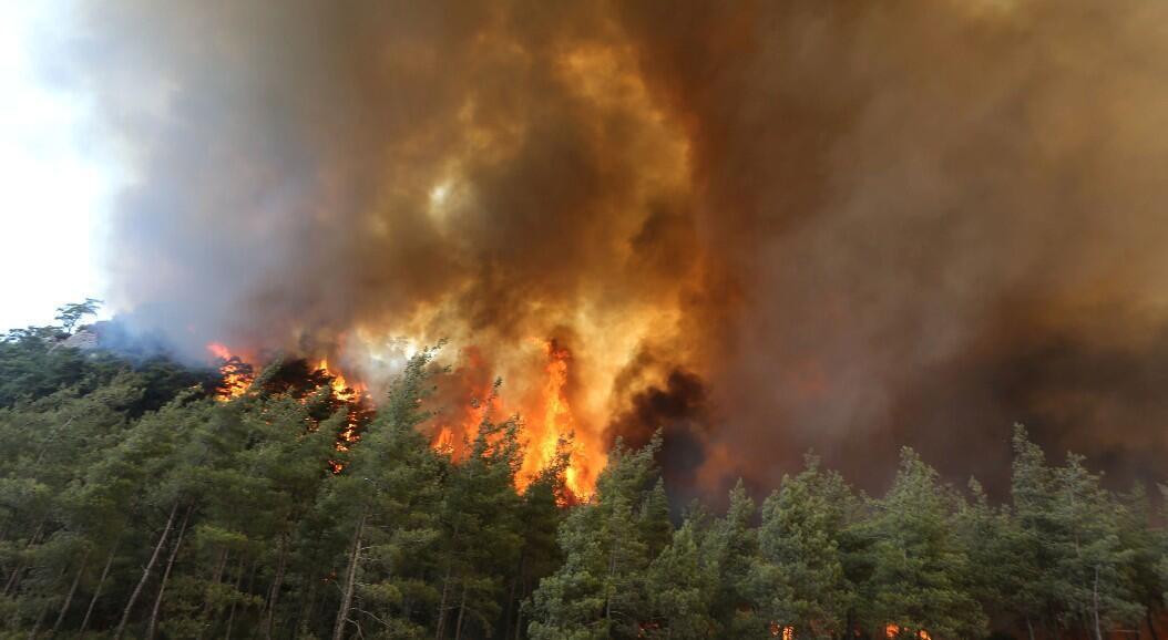 Vista general de un incendio forestal cerca de Marmaris, Turquía, el 30 de julio de 2021.