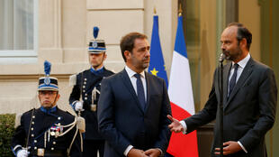 Christophe Castaner, recien nombrado Ministro del Interior de Francia, junto al primer ministro Édouard Philippe luego del anuncio de los cambios en los ministerios el 16 de octubre de 2018.