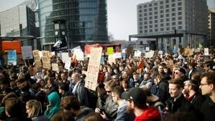 Tens of thousands of demonstrators rallied in Germany on Saturday to protest against an imminent EU copyright reform