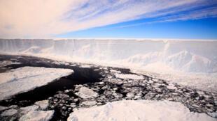 La fonte rapide de la banquise de l'Antarctique a commencé en 2014
