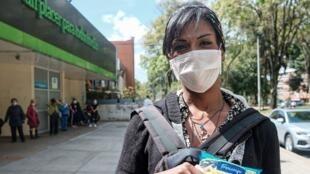 María Laura Castillo, transexual residente en el barrio de Santa Fe, Bogotá.