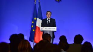 """Le candidat LR a présenté son """"projet pour la France"""" à Paris, lundi 13 mars 2017."""
