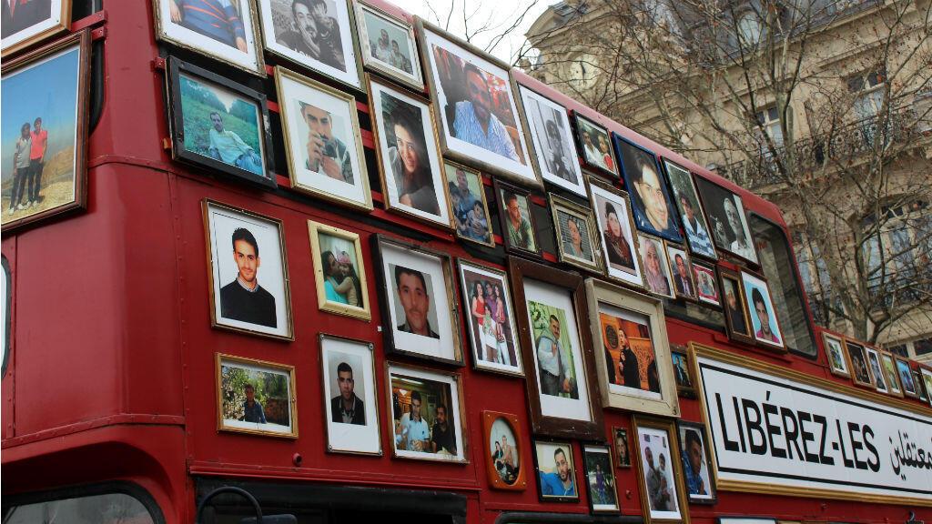 Le 27 janvier, le bus de la liberté des familles syriennes faisait étape à Paris.