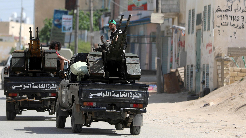Integrantes de las fuerzas libias de la Unidad Nacional (GNA), en los afueras de Trípoli, Libia, el 10 de abril de 2019.