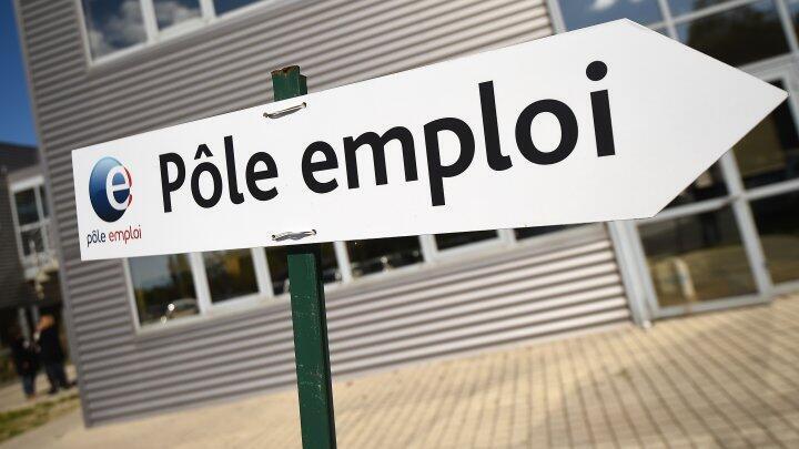 Après deux mois de progression, le chômage en France repart à la baisse de 0,5 % en juillet.
