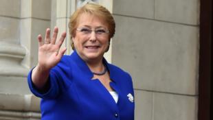 En política, la reforma más profunda que hizo Bachelet sería el fin del sistema electoral binominal, heredado de la dictadura.