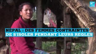 Dans l'ouest du Népal, les femmes sont obligées de s'isoler quand elles sont indisposées.