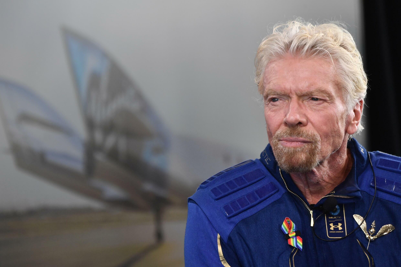 Le milliardaire Richard Branson à son retour d'un vol de quelques minutes dans l'espace, le 11 juillet 2021 au Spaceport America, au Nouveau-Mexique