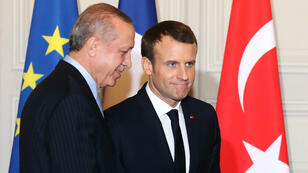 El presidente francés Emmanuel Macron y su homologo turco Recep Tayyip Erdogan en París, el 5 de enero del 2018.