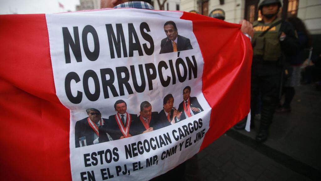 En julio, una segunda marcha contra la corrupción fue convocado por diferentes sectores de la sociedad civil en el país.