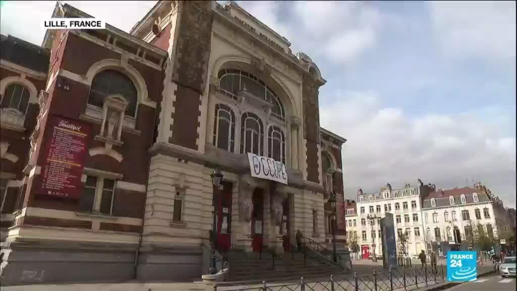 2021-03-22 12:10 French artists occupy empty venues to protest cultural shutdown
