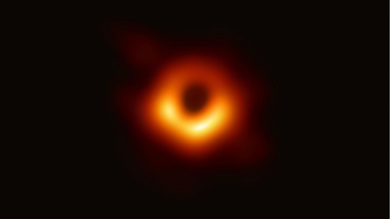 La première image d'un trou noir observé par l'humanité.