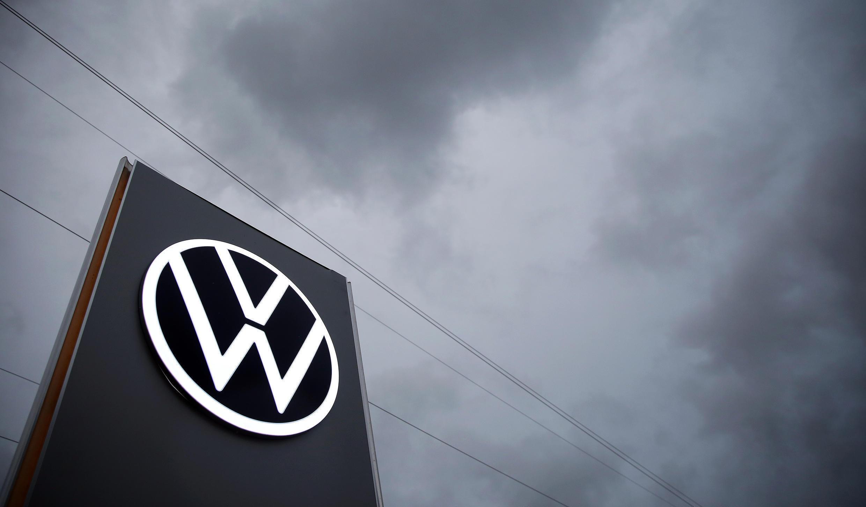 La justice allemande a condamné Volkswagen, le 25 mai 2020, à rembourser en partie un client qui avait acheté une voiture équipée d'un moteur diesel truqué.