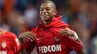 Kylian Mbappé, 18 ans, après une victoire éclatante de son club Monaco face à l'OM (6-1), le 27 août.
